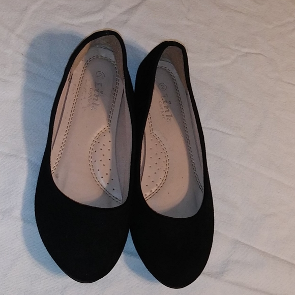 Link Shoes | Girls Black Flats | Poshmark